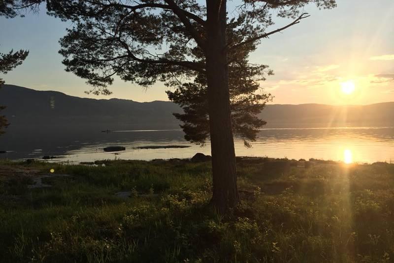 Kveldssol over Mjøsa
