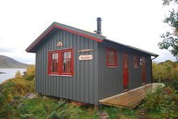 Tilsynshytta på Guvåg - Foto: Trond Løkke