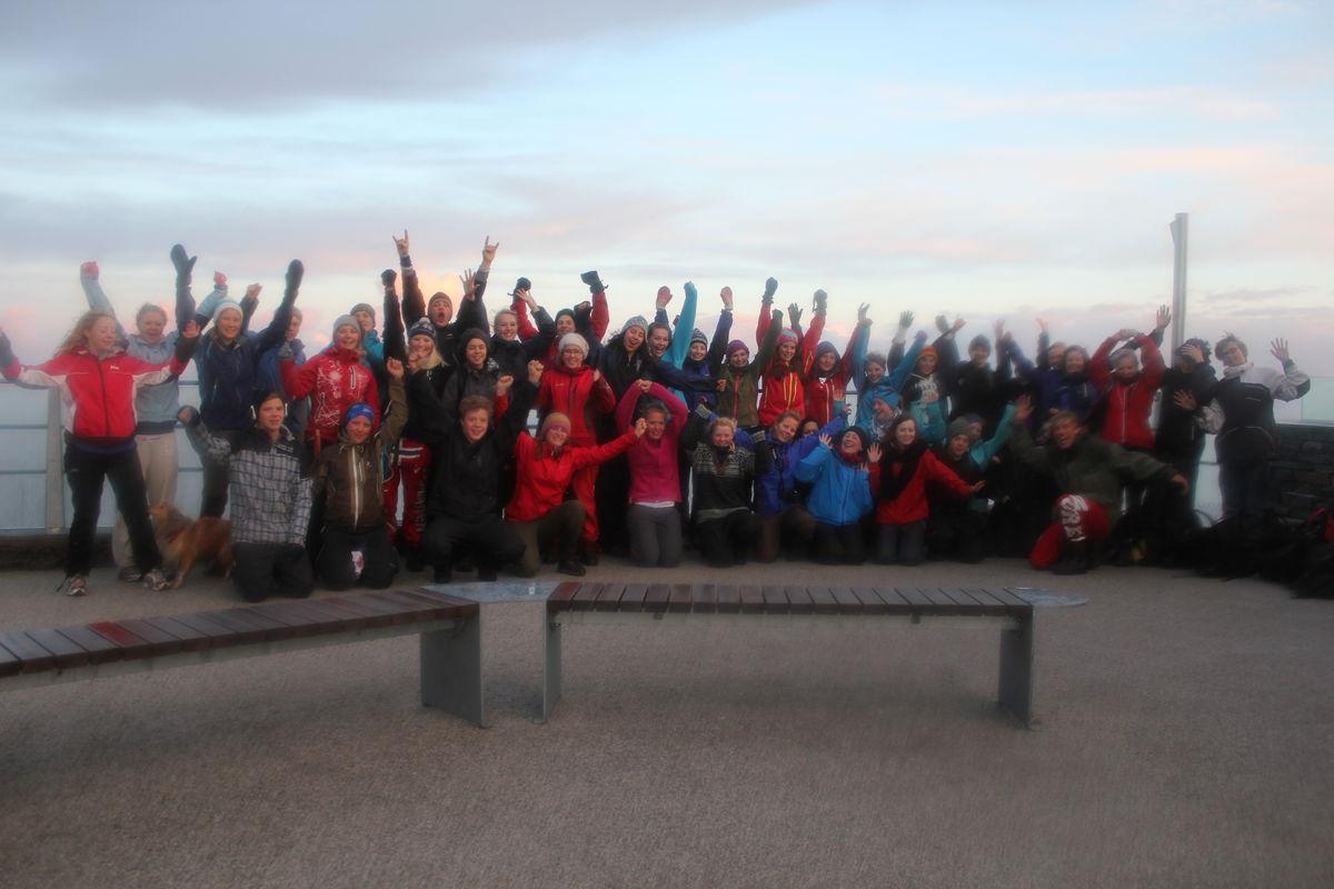 Heile gjengen på Ulriken laurdags morgon. Foto: Kjetil Sekse