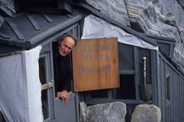 Joachim H. Rønneberg besøker Fieldfarehytta - Foto: Per Roger Lauritzen