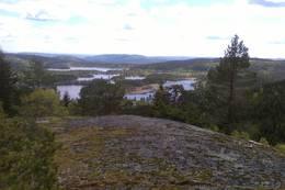 Utsikt fra Hyttekollen over Breivann -  Foto: Moe
