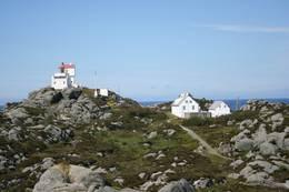 Geitungen fyr ligger i et klassisk kystterreng - Foto: Haugesund Turistforening