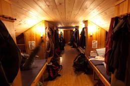 Krækkja, sengegymnastikk sovesalen  - Foto: Øyvind Salvesen