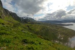 Terrenget rundt Holmevatnet -  Foto: Thomas Ellingsen