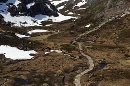 Kjerag Stien er normalt smeltet fram ca 1.juni - Foto: Per Henriksen
