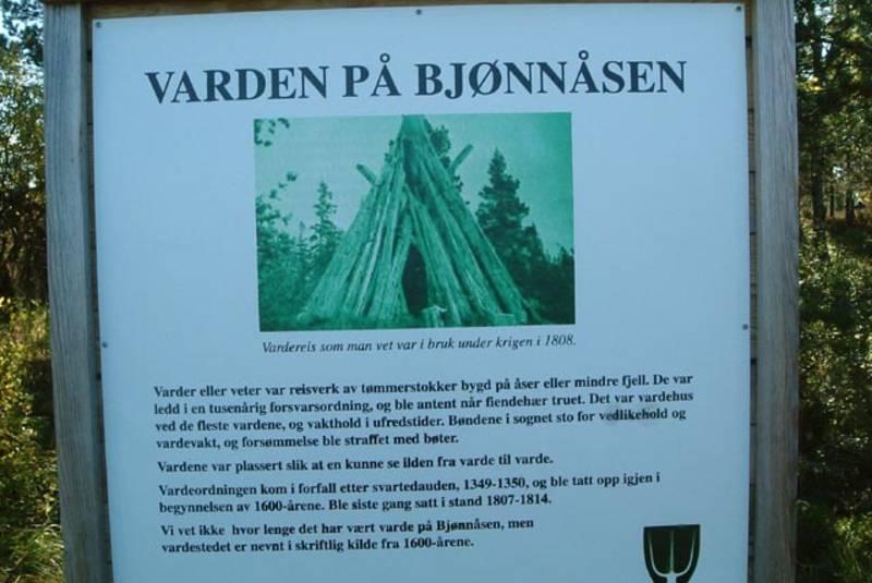 Før i tida var det vardebrenning på Bjønnåsen. Foto: DNT Oslo og Omegn