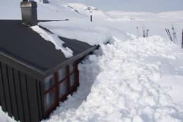 Holmavatn ligger ca 20 km sør for Haukeliseter og ligger i kvistenettet som går sørover i Ryfylkeheiene - Foto: Stavanger Turistforening