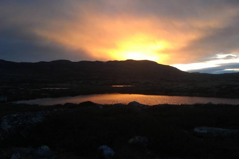 Vakre solnedganger er nesten hverdagskost