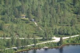 Bilveg helt fram til hytta - Foto: Ingrid Sødal Eidsnes