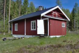 Ubetjent hytte. Vinger Finnskog. Finnskogen Turistforening -  Foto: Åsmund Skasdammen