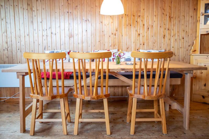 Spisebord på Fjøløy