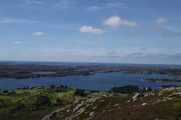 Utsikt fra Mjømnefjellet -  Foto: Ukjent