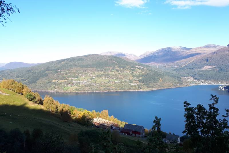Garden Agjeld på sørsida av Nordfjorden