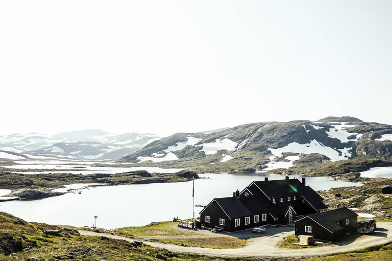 Geiterygghytta ligger midt mellom Iungsdalshytta og Finsehytta