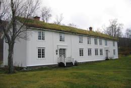 Hovedbygningen på gården Skånland - Foto: ukjent
