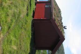 Gaukungen ligger ved Gaukheivannet. Tilrettelagt for hund og eier med 3 sengeplasser. - Foto: Kristiansand og Opplands Turistforening
