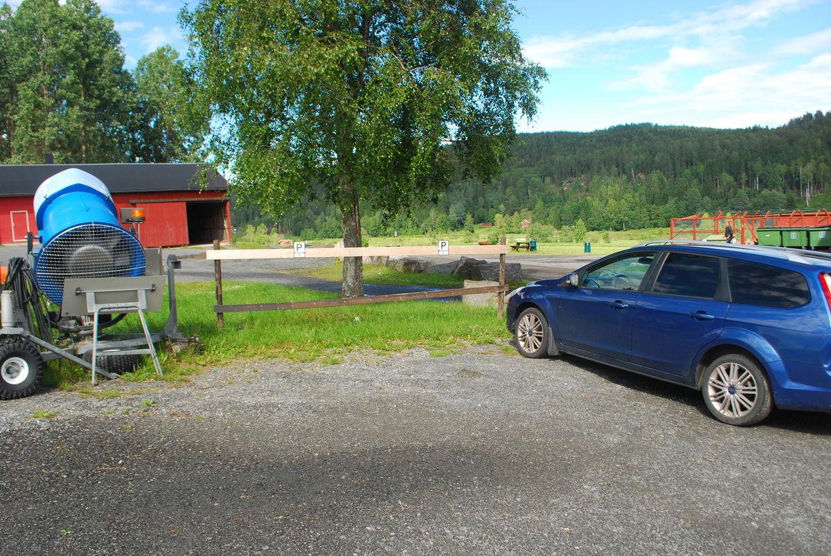 HC-parkering utenfor turlagshuset til Lørenskog Turlag.