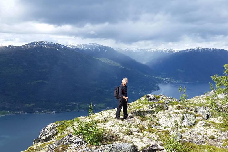 Utsikt fra Feigenosi med nesten 950m rett ned