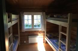 7 soverom med 2 køyer, og ett med en familieseng - Foto: DNT Oslo og Omegn