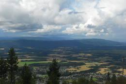 Utsikt fra Hvalsknatten mot Vikersund med omland.  - Foto: Hilde Roland