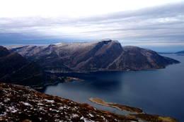 Rognen 689 moh -  Foto: Svenn-Petter Kjerpeset.