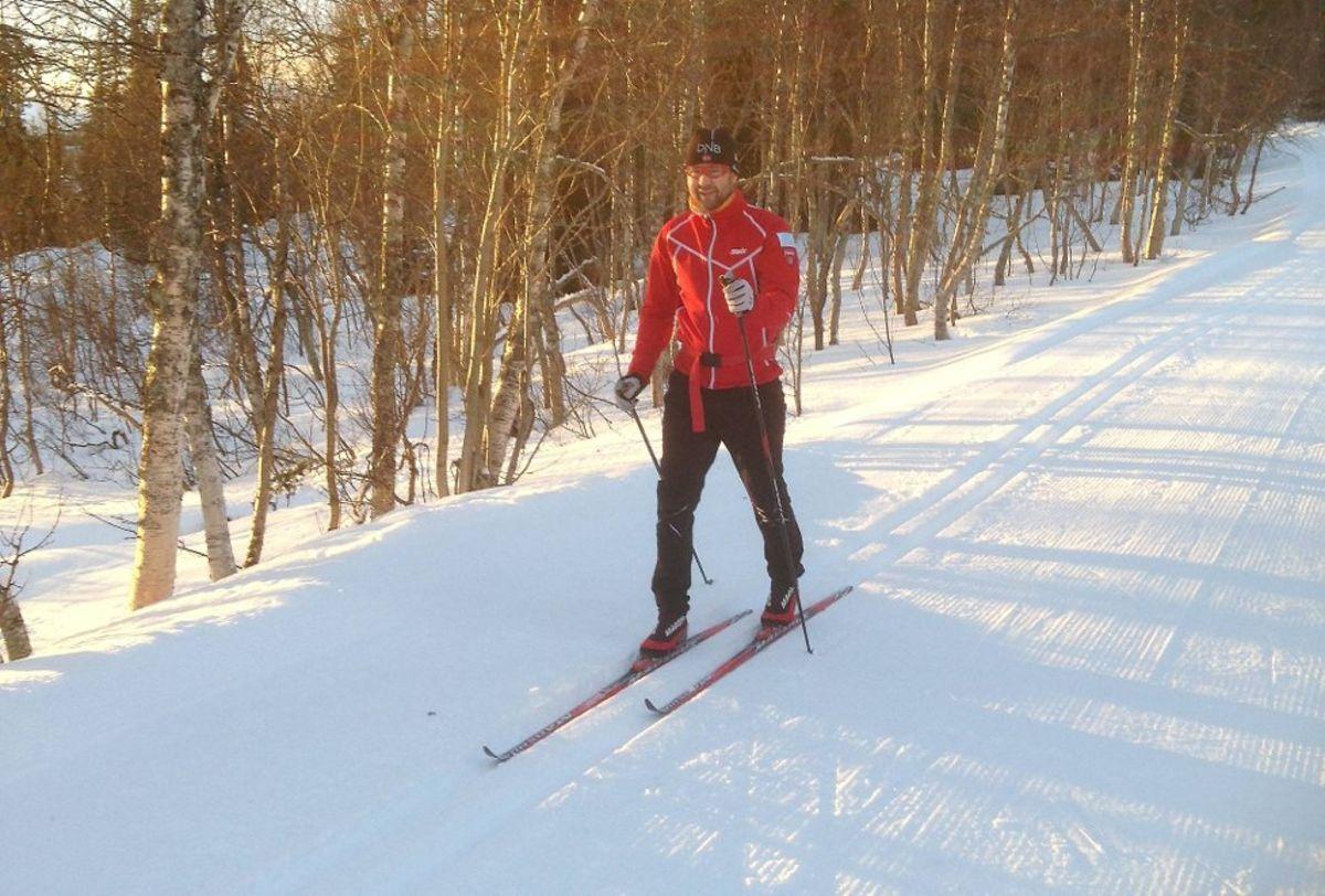 Skitur på vinteren, vandring eller sykkel på sommeren