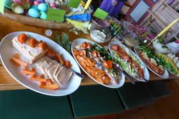 Fra påskefrokost på hytta - Foto: Anette Berglund