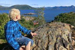 På utkikk - i berget bak Guvåghytta! - Foto: Kristin Green Nicolaysen