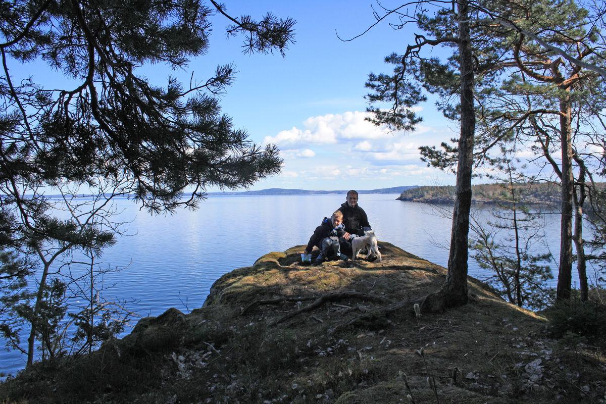 Luftig rasteplass med Oslofjorden i bakgrunnen
