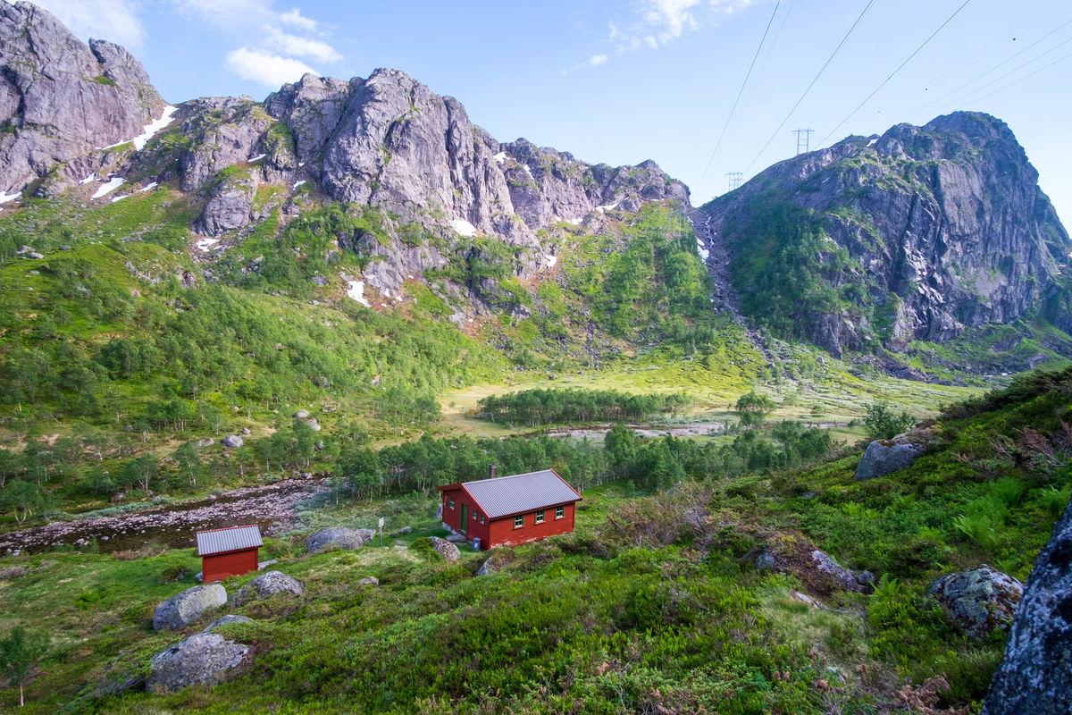 Til tross for at området er preget av kraftutbygging, er det både idyllisk og stille i Grasdalen.
