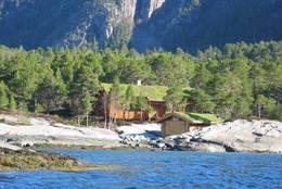 Imarbu ved sjøen - Foto: Kristiansund og Nordmøre Turistforening