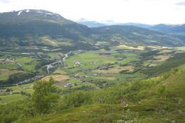 Utsikt fra Dugurdmålsteinen -  Foto: Marit Bjerkås
