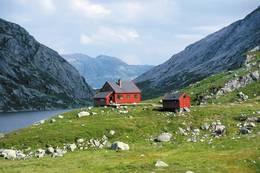 Stakken ligger i et frodig og fiskerikt omåde - Foto: Stavanger Turistforening