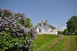 Hytta på Langøyene ligger fantastisk til - Foto: Janet Bydal