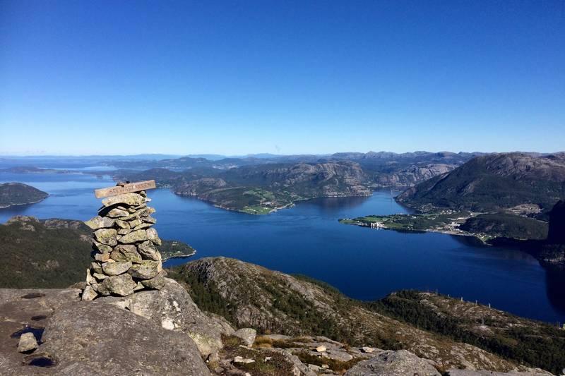 Flott utsikt mot Lysefjorden