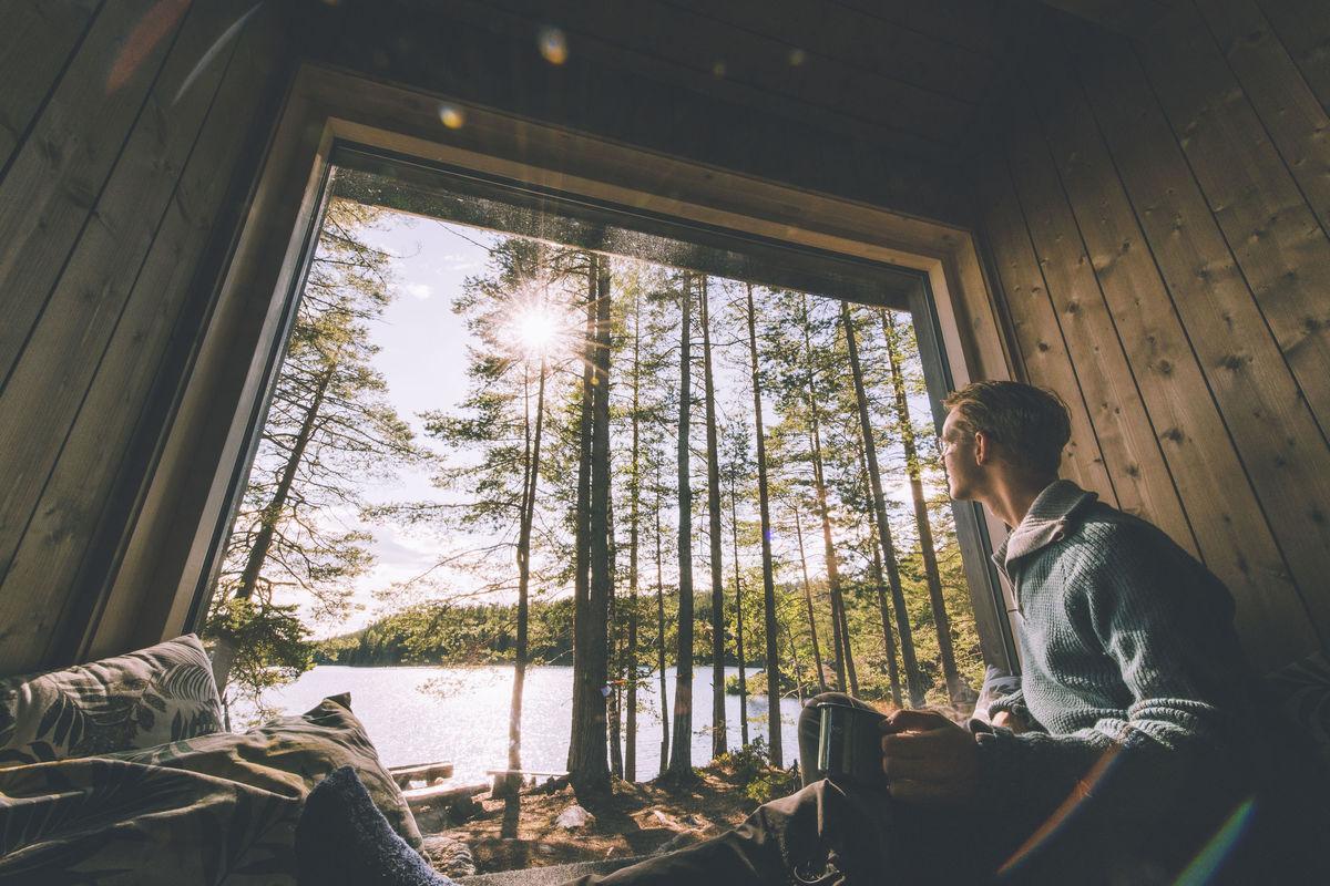 Nyt utsikten fra de store vinduene