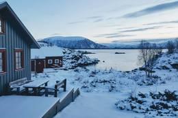 Guvåghytta i januarlys! - Foto: Kristin Green Nicolaysen
