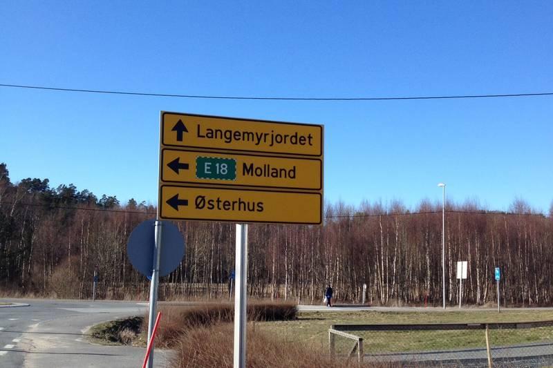 Ta til venstre mot Molland