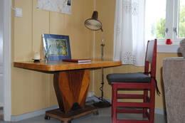 Tegne/arbeidsbord - Foto: Ukjent