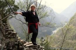 Bratte, historiske trappetrinn og flott utsikt -  Foto: Arne Berg