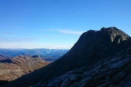Toppen av Kvamshesten (Storehesten) sett frå vest før siste kneiken - Foto: Jan Roar Sekkelsten