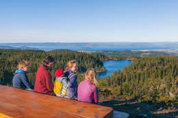 Flott utsikt på toppen - Foto: Steinkjerfotografen