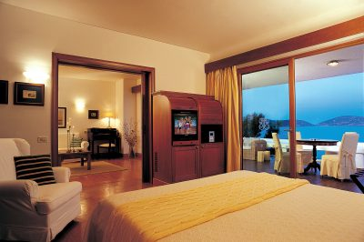 Premium Hotel or Bungalow Suites Sea View