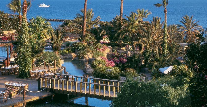 The Annabelle Hotel Resort Gardens
