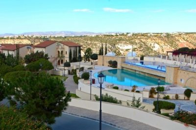 Apartment AHJ13 from £446pp