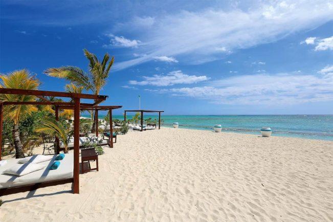 Dinarobin Hotel Mauritius Beach