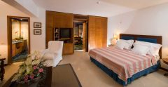 elounda bay palace family-suite-garden-view-shared-pool