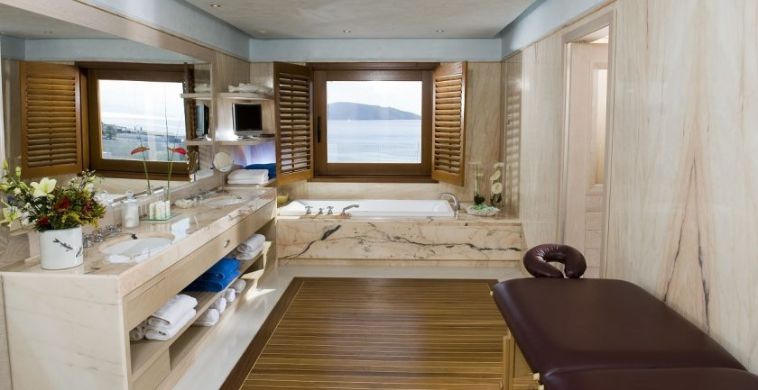 Elounda Bay Palace Deluxe Hotel Suite Bathroom