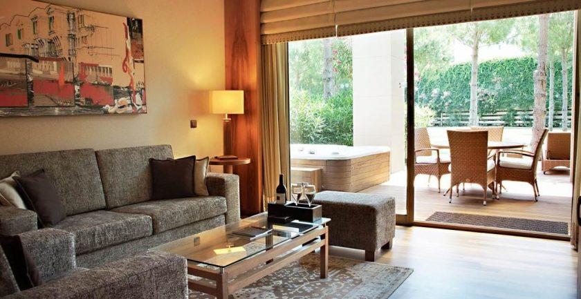 Gloria Serenity Resort, Living Area
