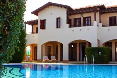 Junior Villa AC01 from £386pp
